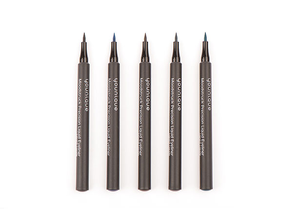 MOODSTRUCK PRECISION™ Liquid Eyeliner Set of 5